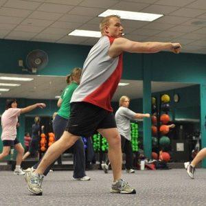 Tous les avantages de faire du sport dans un centre de remise en forme