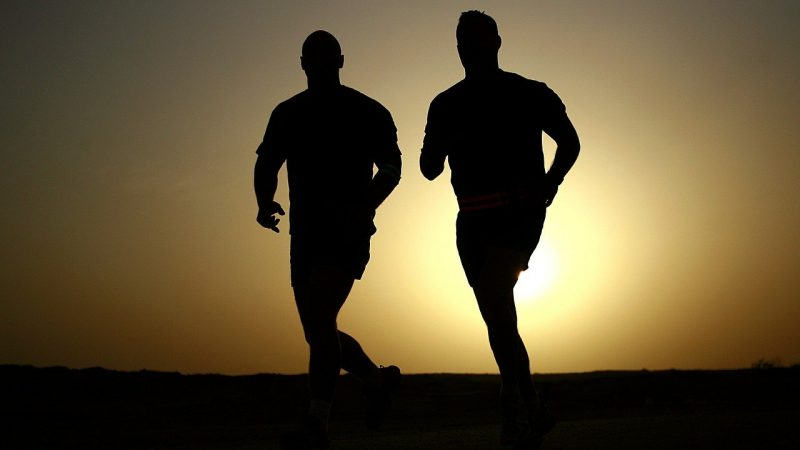 Doit-on faire son footing au cardio ou aux sensations?